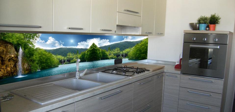 Serglasstyle porte in vetro con immagini stampate - Cucine con vetrate ...