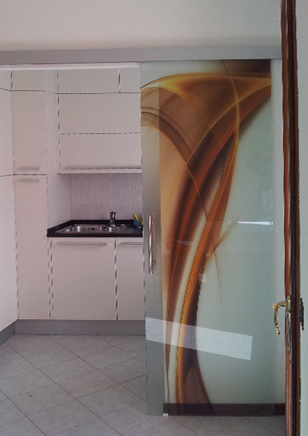 Serglasstyle porte in cristallo veneto porte tuttovetro - Porte scorrevoli per cucina ...