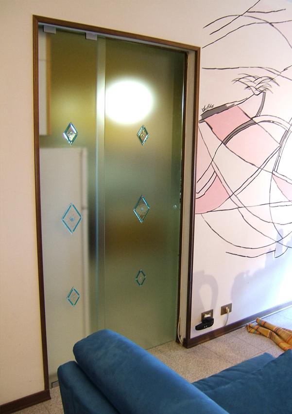 Serglas porte vetro tuttovetro sacorrevole esterno ristrutturazione glasstyle serglas tuttovetro - Porte per cucina ...